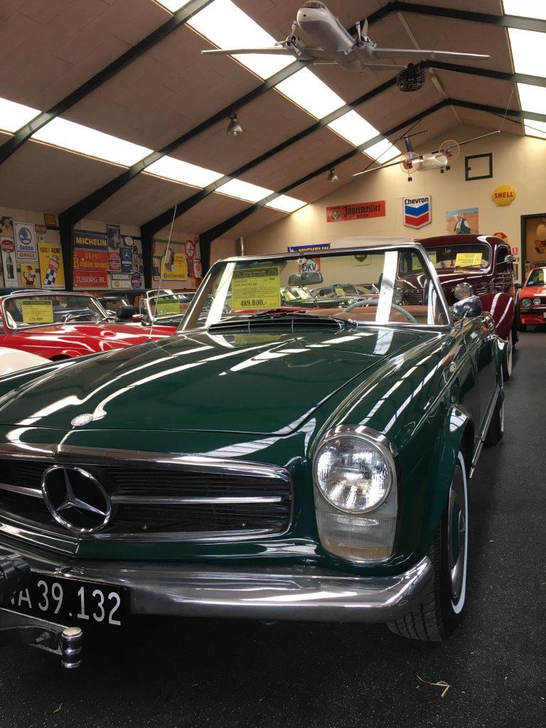 Mercedes Pagode er et eksempel på en klassiker som er steget meget i værdi de seneste år. Står hos Læborg Autohandel. Se marekdspladsen hos Suitrace.com for klassiske biler til salg