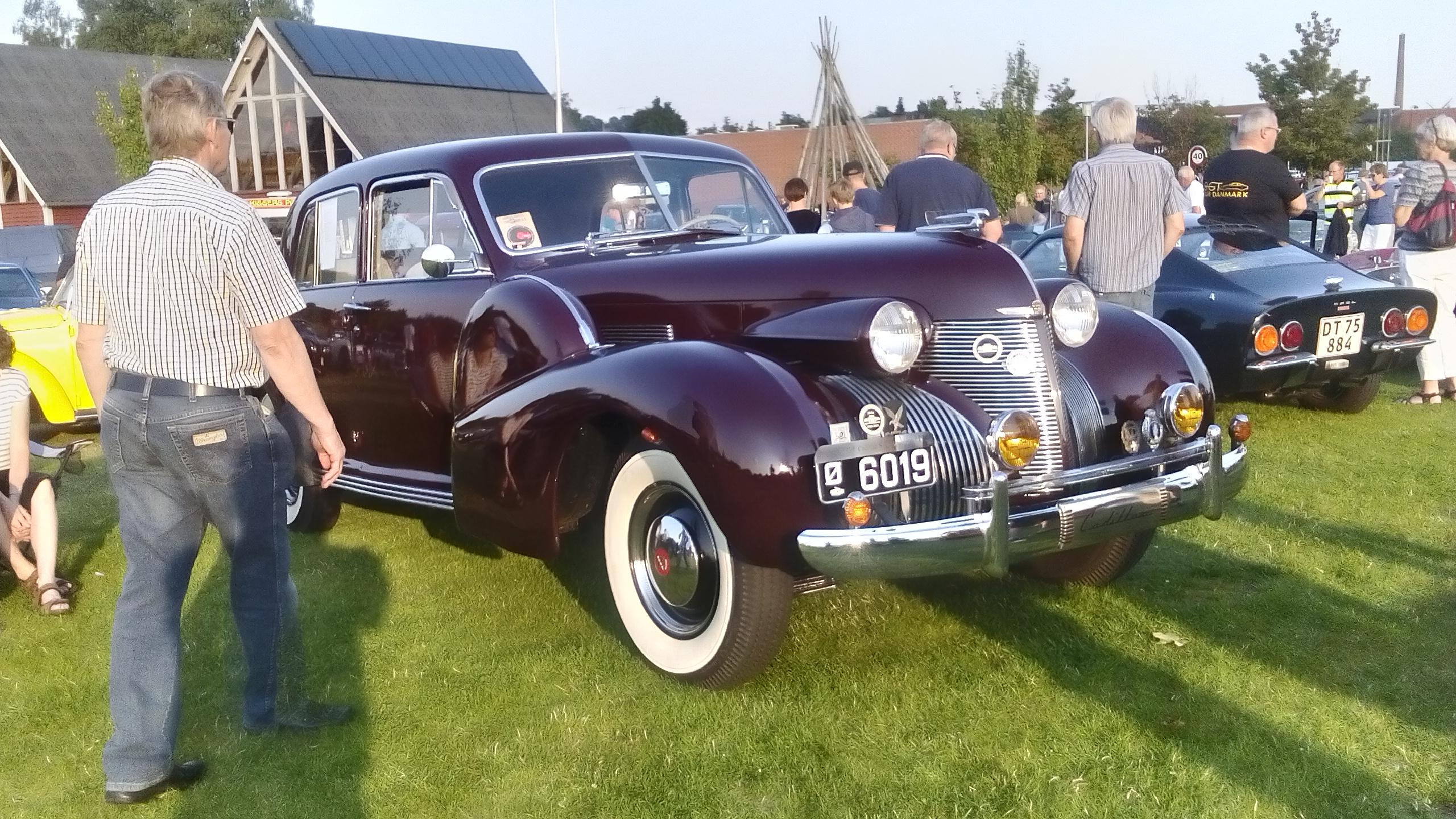 Flemmings Cadillac til udstilling
